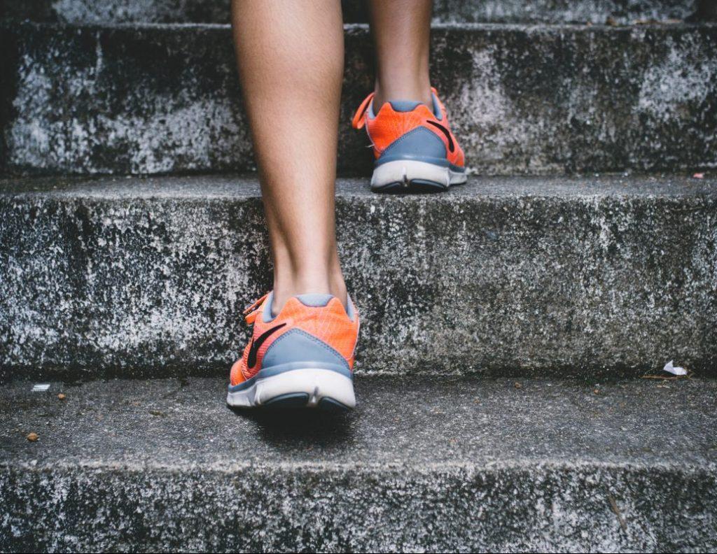elementy treningu biegowego